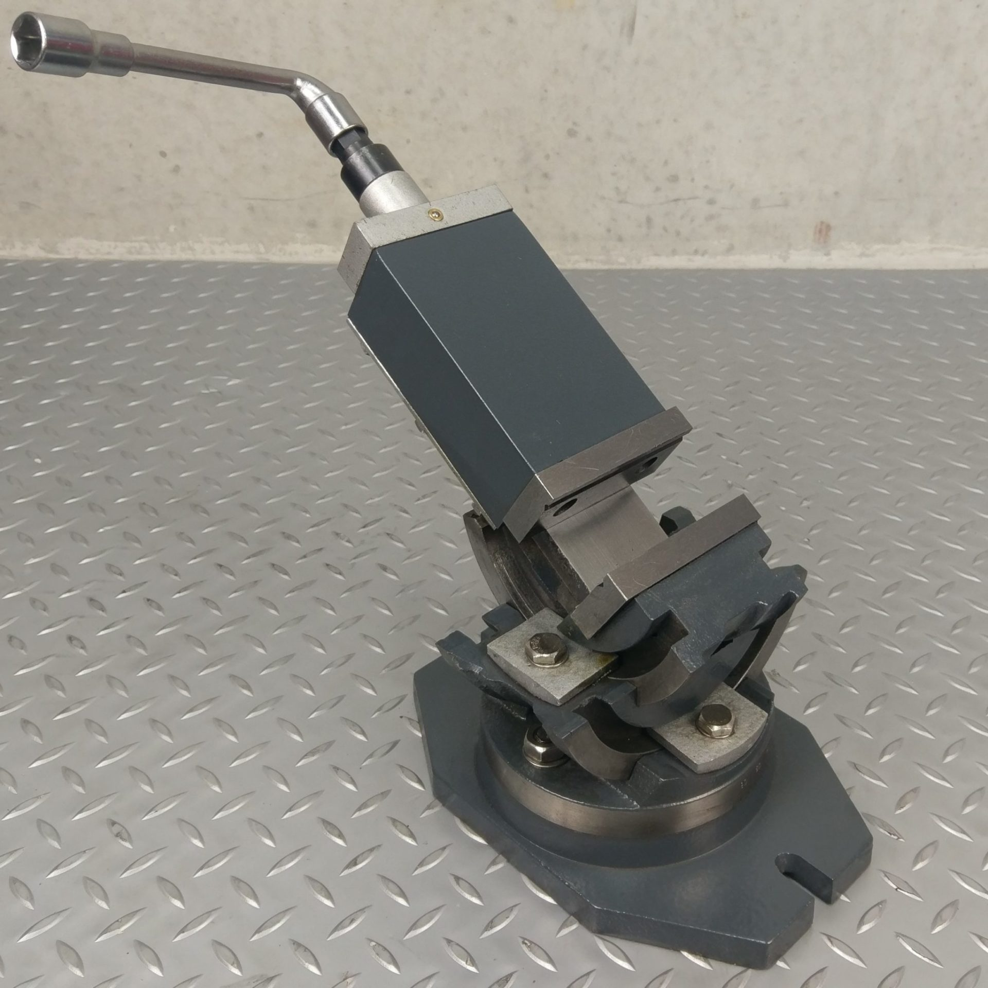 Metex By Optimum 75mm 3 Axis Swivel Vice Redfoxmachinery